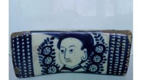 上世纪50年代初期;青花文字、人物、花卉纹---瓷枕(红色政治宣传题材,稀缺品种,独此一枕)