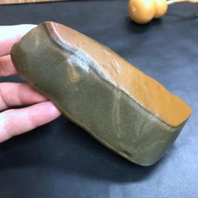 纯天然油泥石《夹心饼干》《带皮的油泥石》,形状和特点难得,非常稀有罕见,难得一件,收藏之珍品
