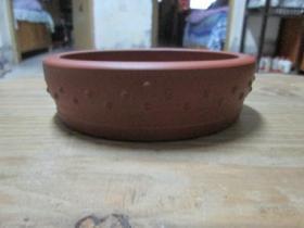 鼓钉紫砂盆一个