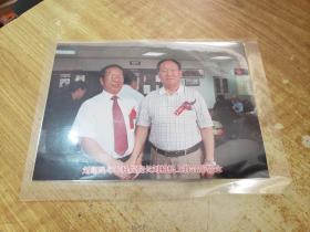 刘精松上将与画家刘绍民合影(原版照片)