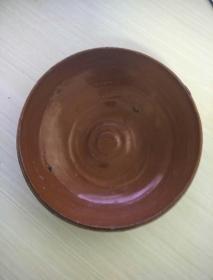 明代黄陶盆