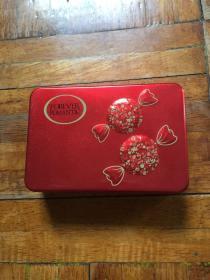 旧喜糖铁盒空盒一个