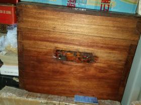 黄花梨木箱