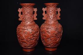 漆器雕龙花瓶