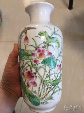 【蜻蜓荷花瓶】,優雅大方,家具擺設,收藏,,的朋友可以拍下,好物件,不要錯過,