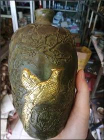 喜鹊纹梅瓶