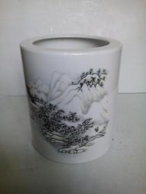现代官窑(上世纪70年代产品);醴陵釉下五彩山水、人物骑马图-笔筒(库存货低价惠让)瓷器透光度很好
