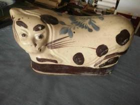 清代瓷猫有残