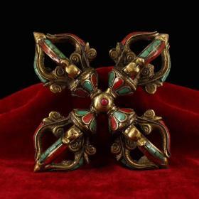 清末西藏地區純手工打造鑲嵌寶石十字多杰降魔法器一件   品完好·鎮宅辟邪 重約520克,長約15厘米