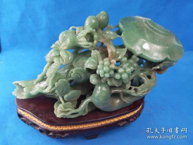 大件   原木座老玉  手工雕刻,老玉材質,溫潤晶瑩, 水頭好色澤漂亮   極具美感    重約5斤