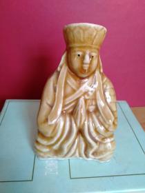 唐僧人物造型小陶瓷1个