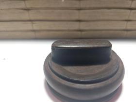 石47 传世极少铁梨小型印盒一个。
