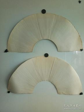 """约七八十年代  有""""苏州扇厂  中帆棉料""""红色暗记,空白大扇面2个,  尺寸每个62x21"""
