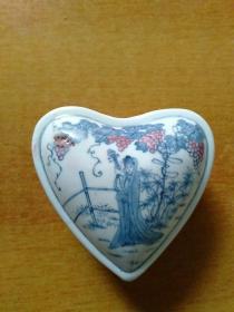 心形陶瓷仕女人物房室人物蝙蝠小盒/心型陶瓷仕女人物房室人物蝙蝠小盒