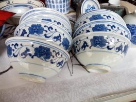 12个青花小碗