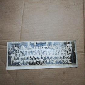 老照片一一1958年江西医学院医疗系本科五八级毕业留影(看图)