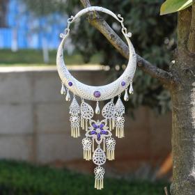 紫色宝石纯银项链,富贵和高尚的象征,少数民族工艺,富有民风情,鬼斧神工,技艺精湛可遇不可求的神品值得收藏和佩戴