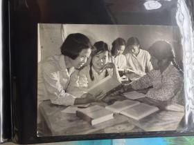 五六十年代原版老照片 学习  (早期摄影记者拍摄)