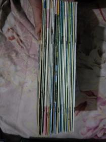 蜜蜂杂志(1986年6期、1990年6期、1994年4-10期、1996年3-4-6期、1997年4-6-12期、2001年1-2-3-4-5-7-8-9-10-11期、2002年2-3期)22本合售