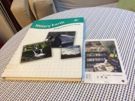 Watery Earth  ( student reference book )  水土     英文原版教材美国原版教材英文教材