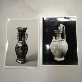 霁兰加金彩双耳瓶和双龙首壶两张照片(盖有河北省张家口地区博物馆的印章)