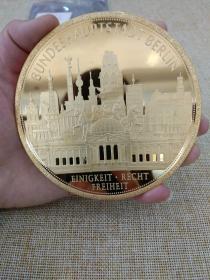 纪念章 纪念牌 德国 限量版 铜镀金 10cm 376克 勃兰登堡大门