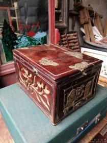 红酸枝梳妆盒