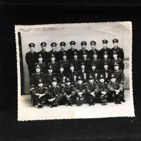 黑白老照片:军人合影 80年代摄影