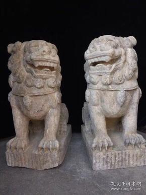 明代青石獅子一對  高56公分·寬24公分,厚度30公分,此藏品太過沉重,全國包物流,偏遠鄉鎮需自提。