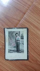 五十年代早期美女手工上色照片