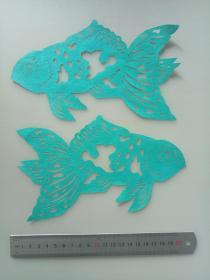 绿色金鱼一对 传统手工剪纸 民间艺术 未托裱(年代:2000年)