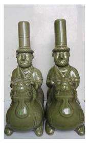 耀州窑青瓷雕刻、剔花---胡人骑瑞兽(有底款:乙酉年;绝版编号定制,稀缺品种,也可当做花插用);一对和售