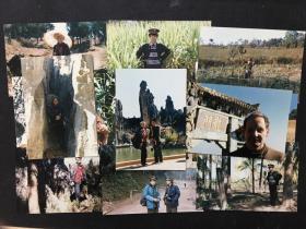 80年代末某军旅画家与外籍人士在云南昆明等地采风所拍彩色老照片约50张,有当地风景及少数民族生活场景、成像质量佳、漂亮美观(Konica相纸)