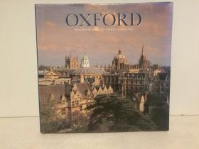 牛津:历史、精神、学术、大学、建筑、园林…… 大型画册 Oxford (国家与城市)英文原版书
