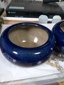 笔洗,老的,一对,宝石蓝陶瓷。高8厘米直径15厘米