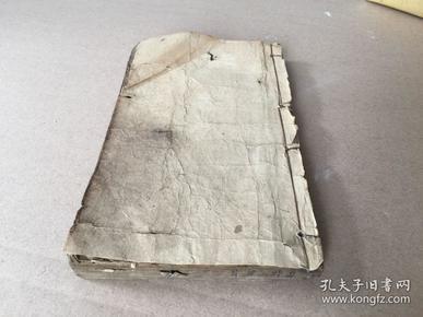 文学史重要版本:清代写刻本线装蘅塘退士《唐诗三百首》一厚册全,内容完整,刊刻精良。