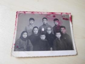 早期全家合影照片