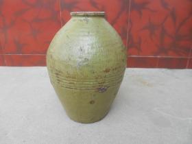 民国--缸胎绿釉橄榄型罐(高34厘米)