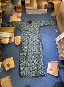 【铁牍精舍】【织绣精品】民国闺秀织锦旗袍一件,品相极佳,图案精美,典雅大方,几如新品
