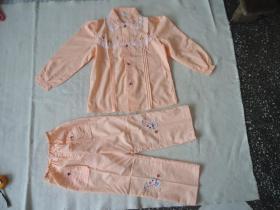 灯塔铁西服装厂童装一套全新未穿