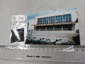 1982年上海嘉定影剧院门前, 柯达135反转彩色底片,2002冲洗片