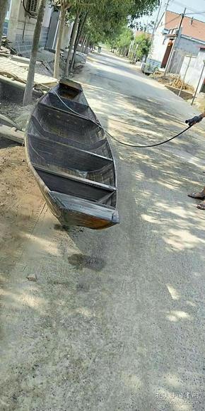 老船,船是汉族的一种交通工具,作为江南水乡的独特交通工具。全品完整!