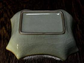 精品龙泉青瓷铁胎八角洗