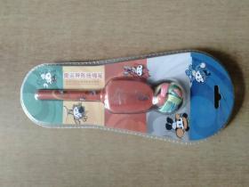 奥运异形挂绳笔——北京2008年奥运会特许商品 塑封未拆【第29届奥林匹克运动会组织委员会授权制造。外形红色】