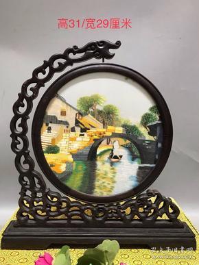 纯手工鸡翅木人物故事玻璃插屏,纯手工,做工精致,造型美观,纹理清晰,品相完整漂亮