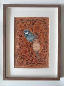 皮雕装饰画(卷草与小鸟)