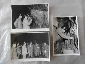 八十年代或更早煤矿工人在井下照片三张(尺寸12CM*9CM)