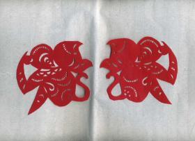 小猴子(一对) 传统手工剪纸 民间艺术 未托裱 (年代:2000年)