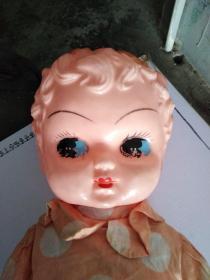 金典老玩具大号娃娃一个