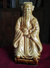 早期藏品黄釉开片瓷器财神,少见物品